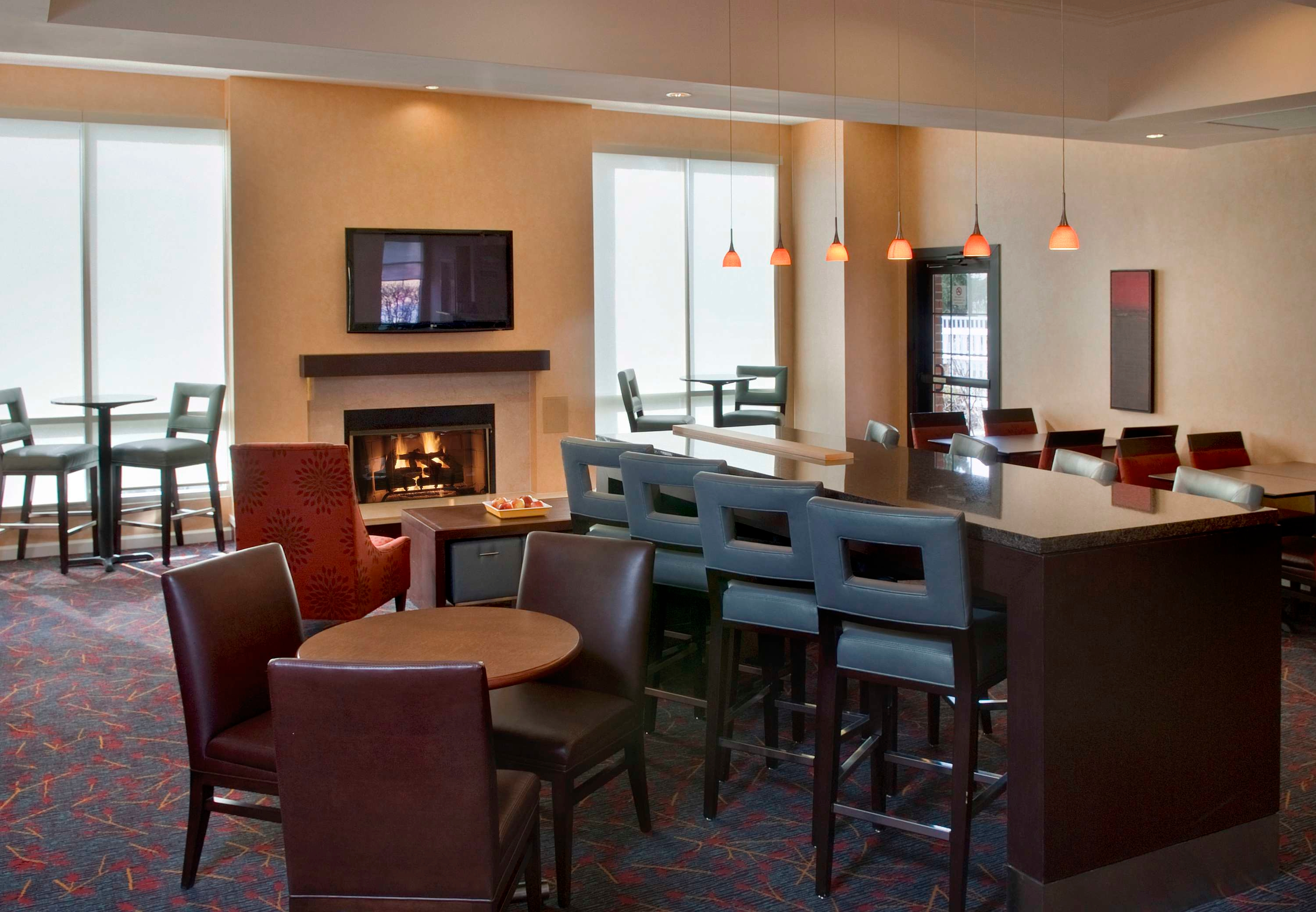 east syracuse Compare 20 hotels in east syracuse using 4894 real guest reviews earn free nights and get our price guarantee - booking has never been easier on hotelscom.