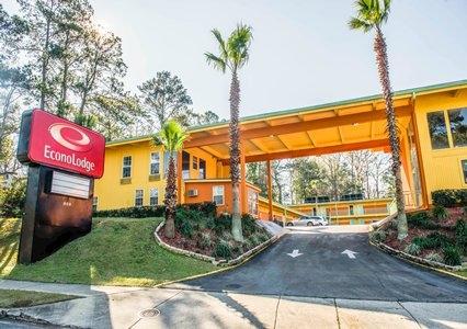 Econo Lodge - Tallahassee, FL 32301 - (850)877-2755 | ShowMeLocal.com