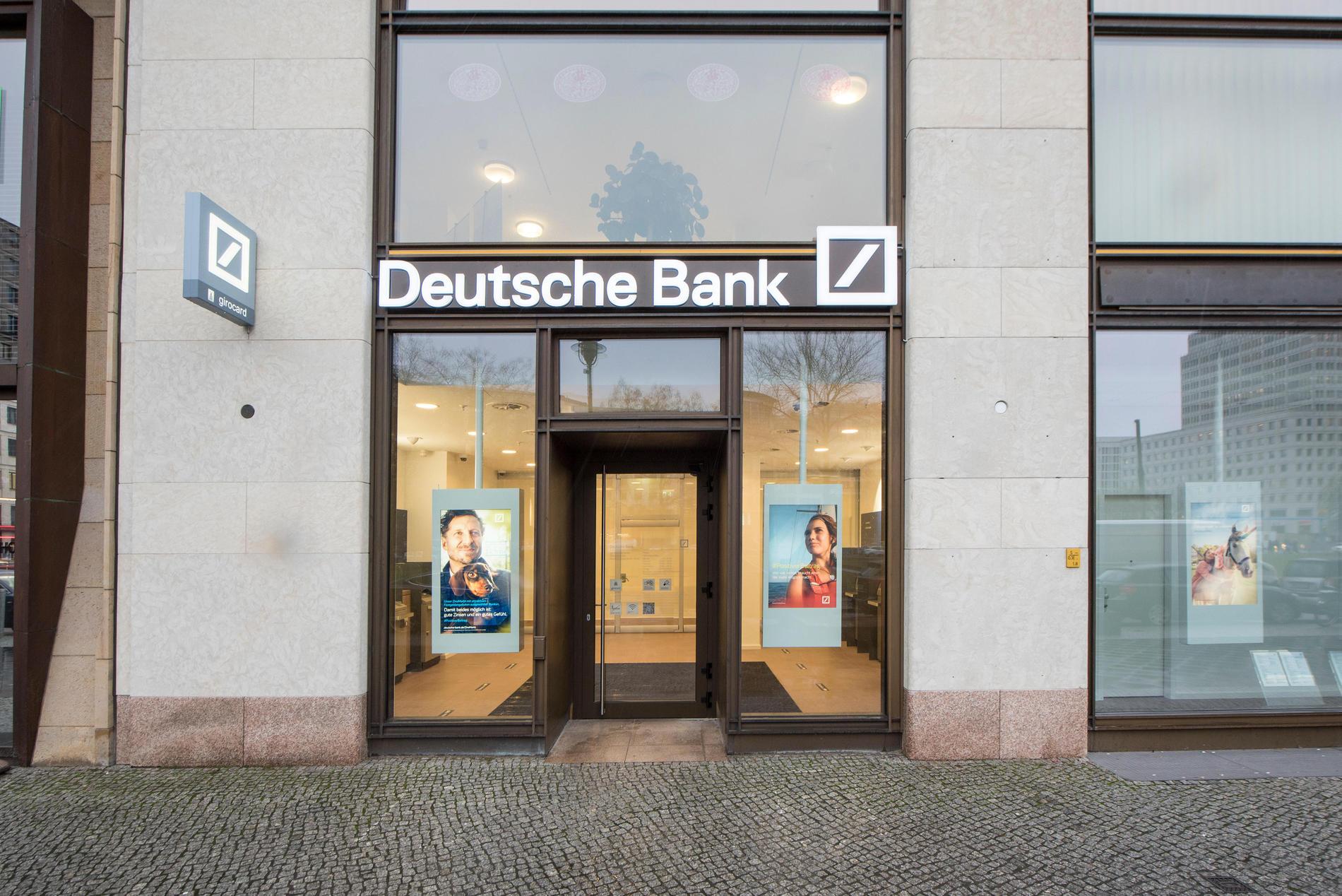 Deutsche Bank Filiale in Berlin ⇒ in Das Örtliche