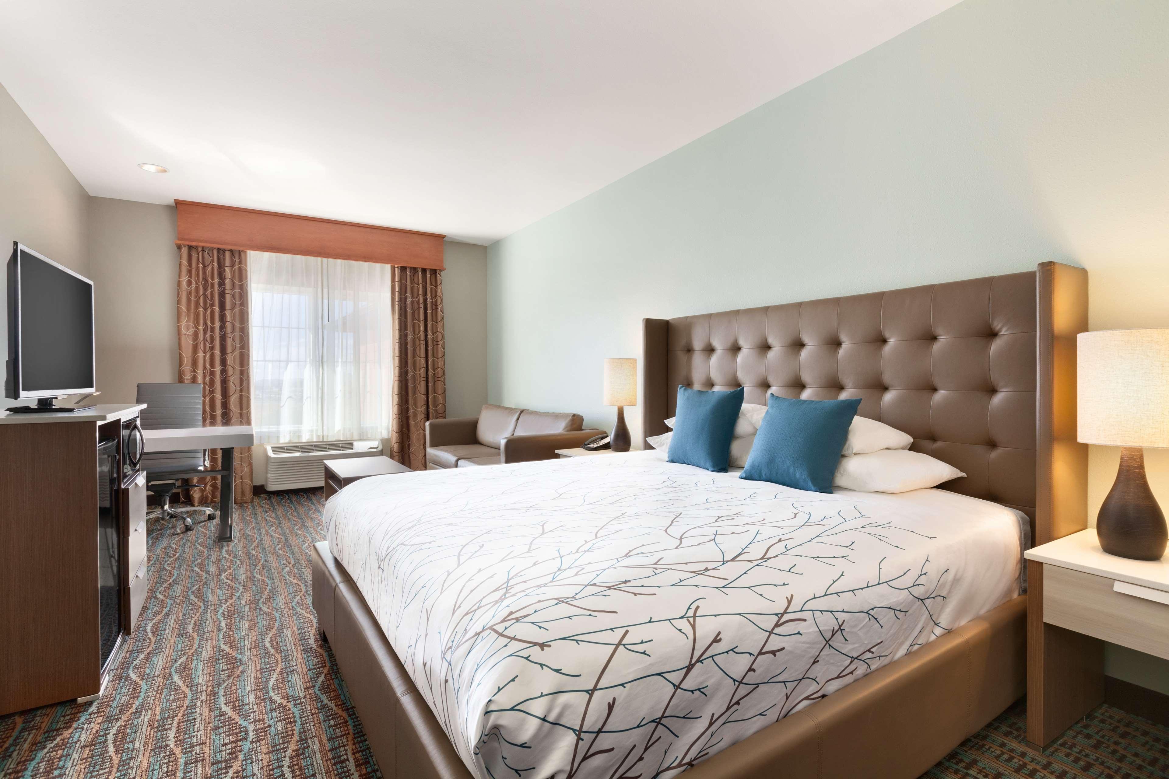 Hotels Motels Omak Washington