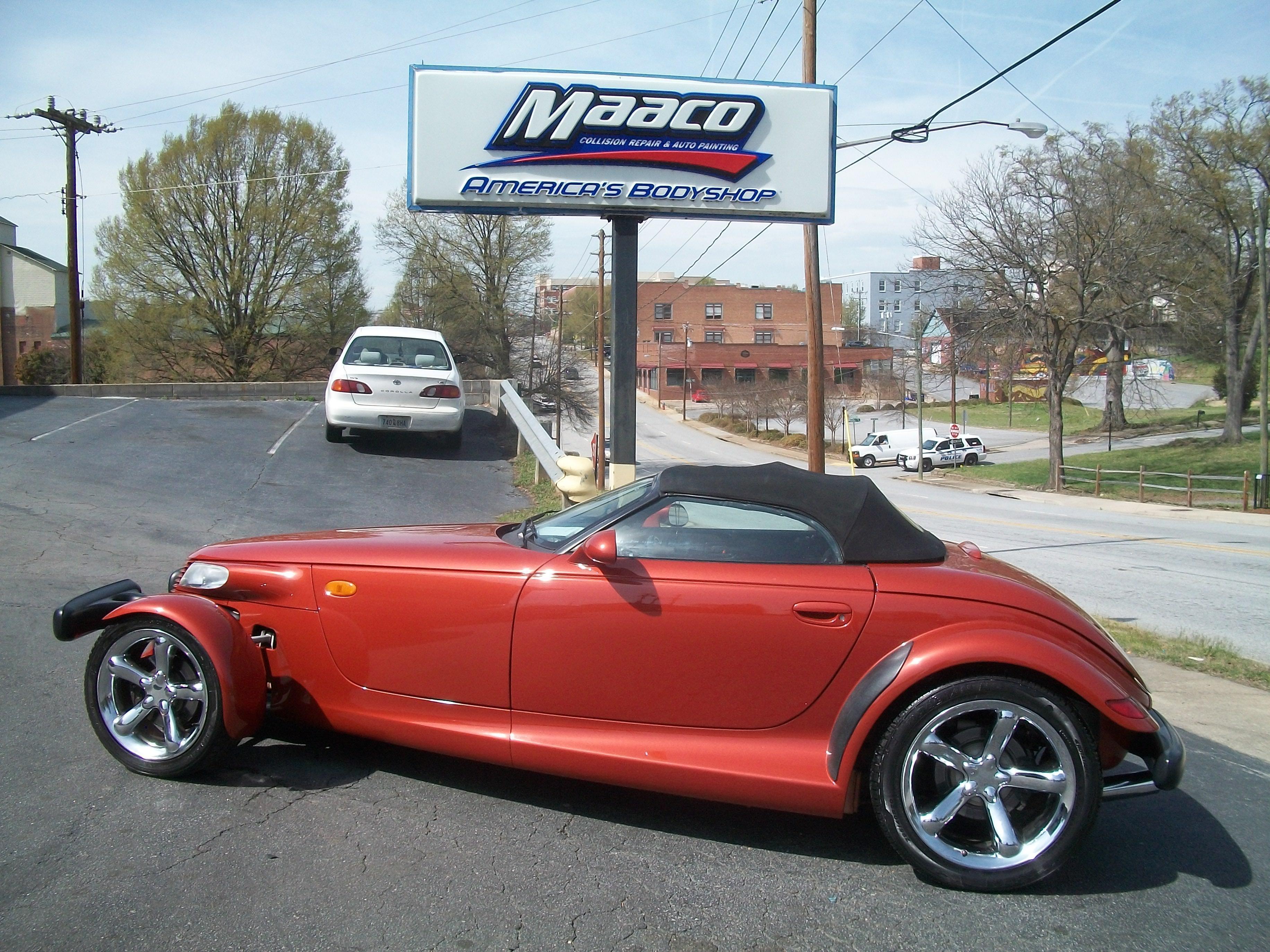 Maaco collision repair auto painting spartanburg south for Maaco paint reviews