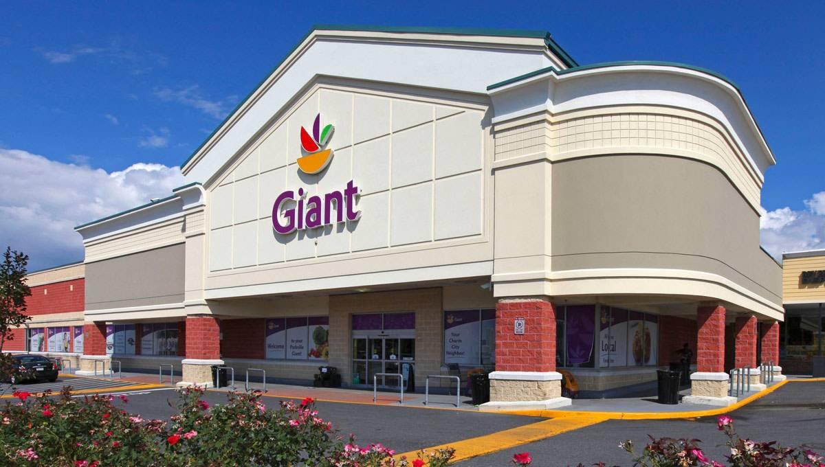 Shopping Mall in MD Baltimore 21234 Parkville Shopping Center 7709 Harford Road  (610)747-1200