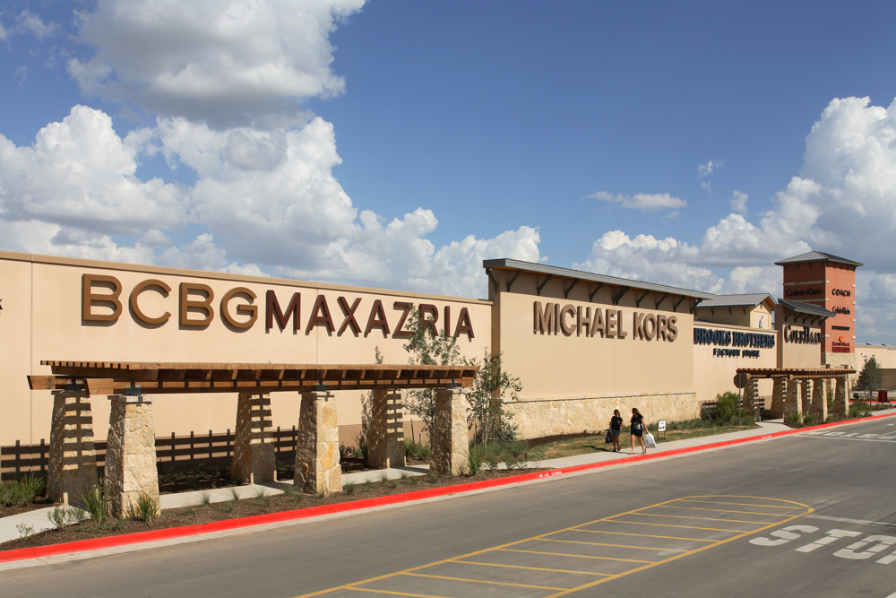 Aug 10,  · Round Rock Premium Outlets features an impressive collection of the finest brands for you, your family and your home. Include a shopping stop during your next trip to the area. You're sure to find impressive savings of 25% to 65% all year round.4/4().