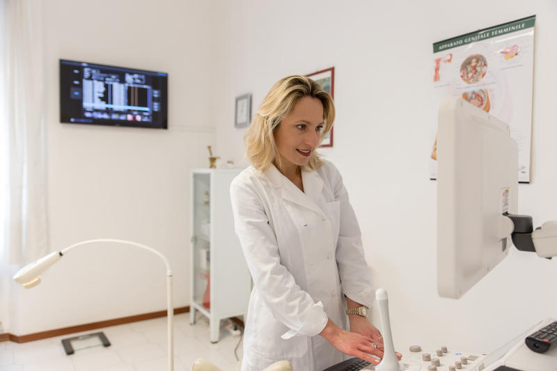 Montik Dr.ssa Nina Ginecologa