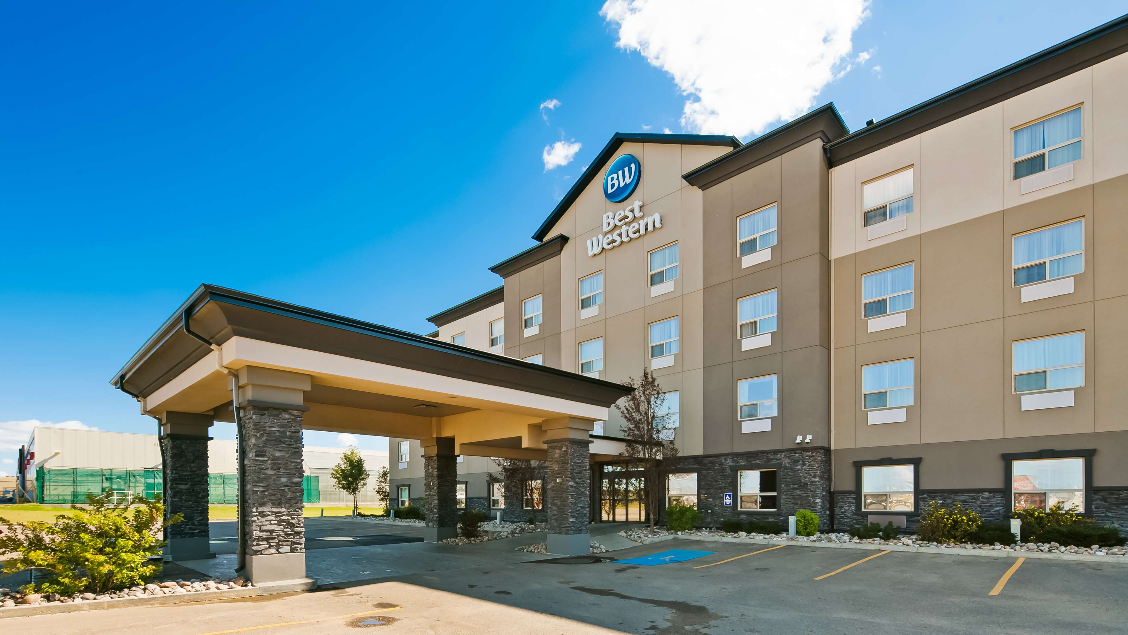 Discover the best of Wainwright and Best Western Wainwright Inn & Suites Wainwright (780)845-9934