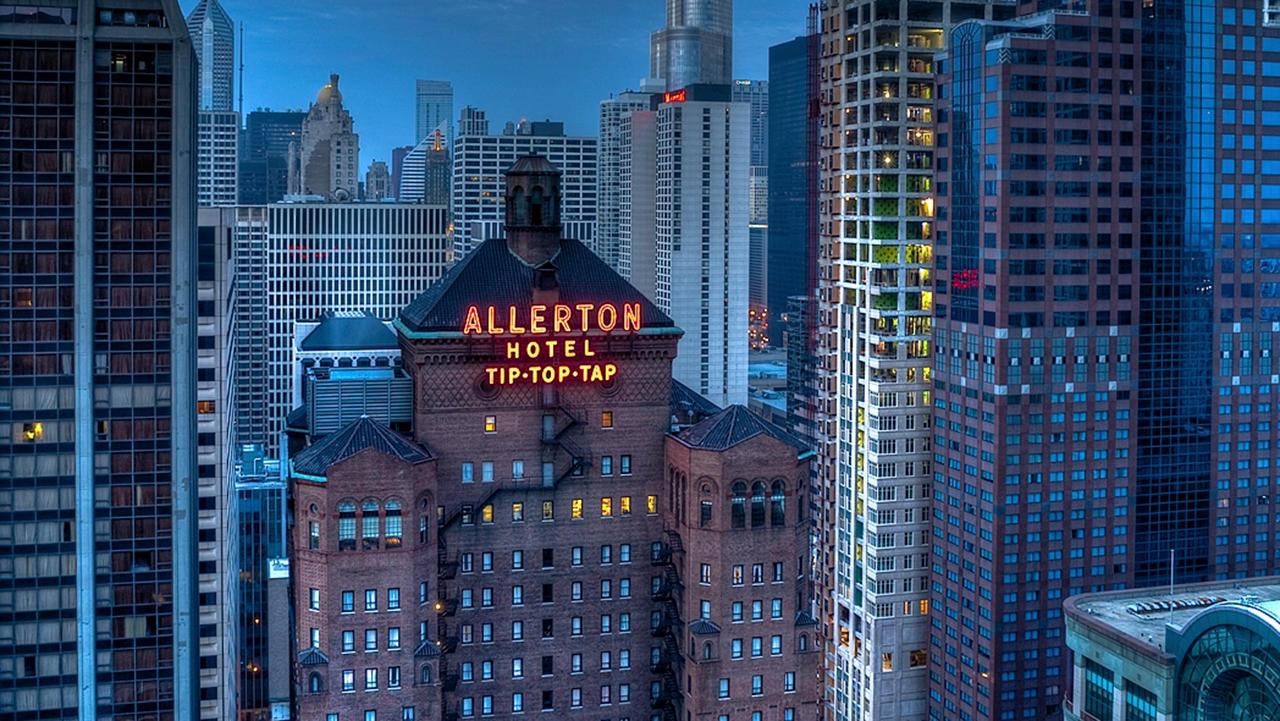 Warwick Allerton Chicago Building