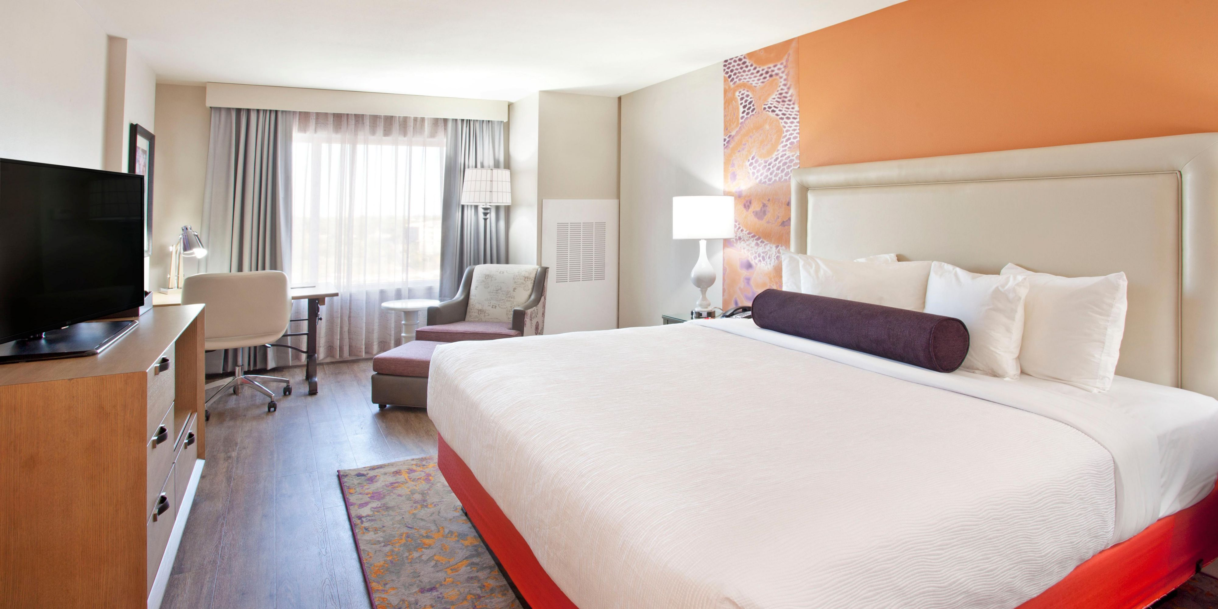 hotel indigo austin downtown university austin texas. Black Bedroom Furniture Sets. Home Design Ideas