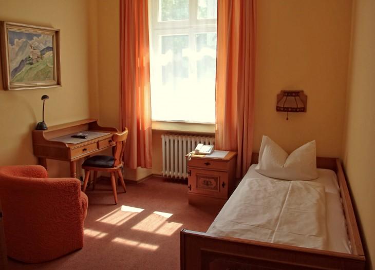 hotel in m nchen muenchen. Black Bedroom Furniture Sets. Home Design Ideas
