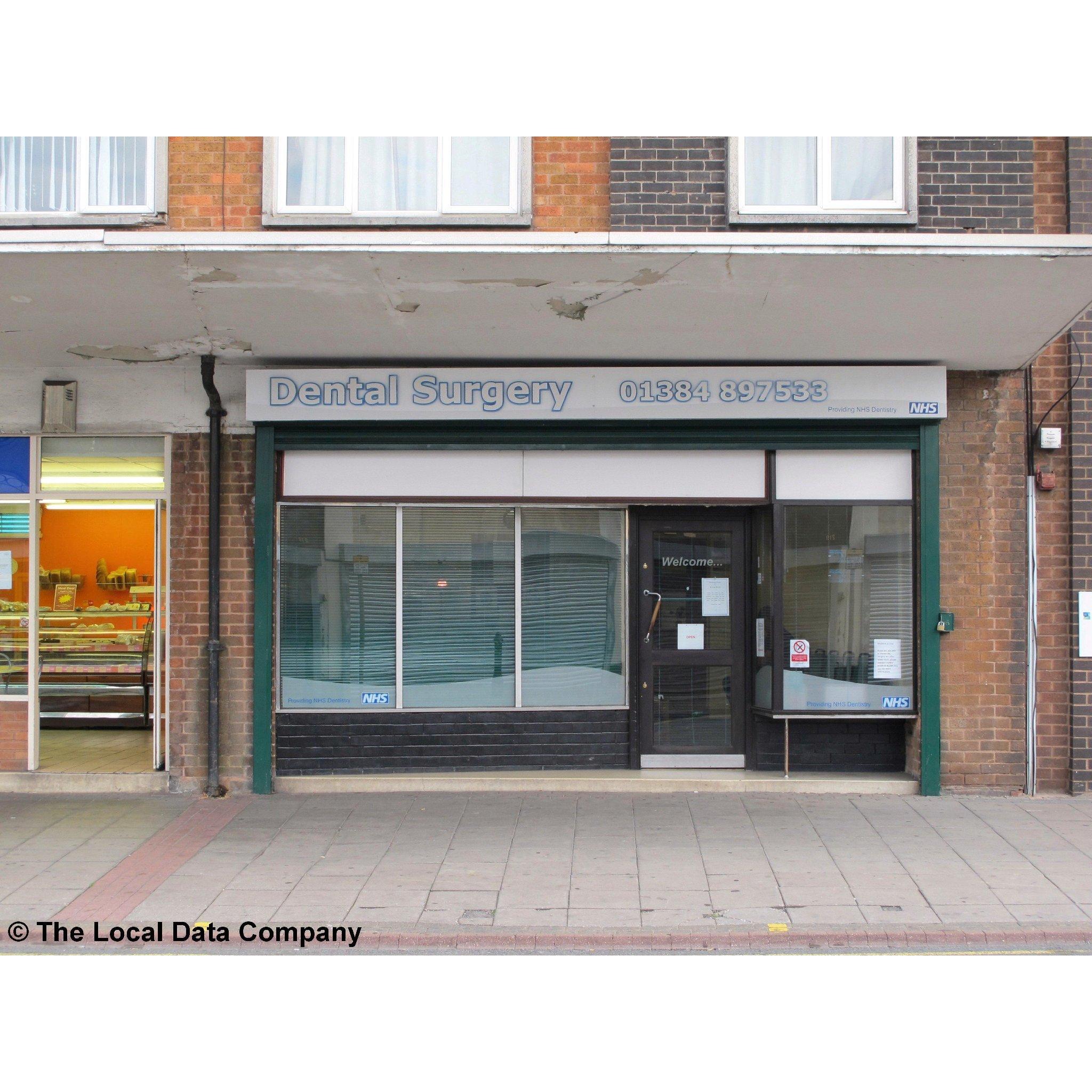 Dentists Near Me in Stourbridge West Midlands