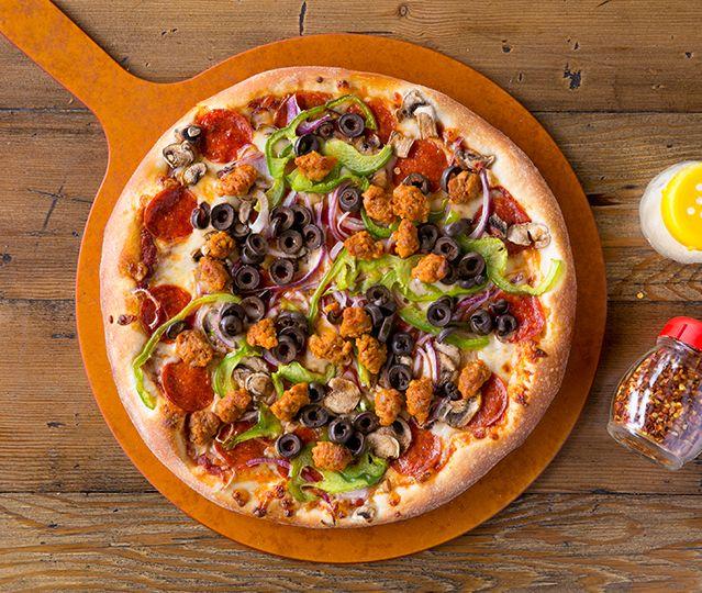 California Pizza Kitchen At Tarzana Tarzana Ca