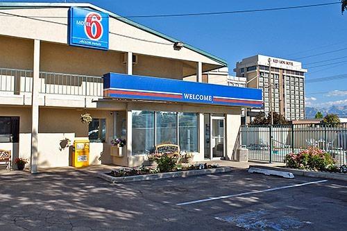 Motel 6 Salt Lake City Downtown At 176 W 600 S Salt Lake City Ut On Fave