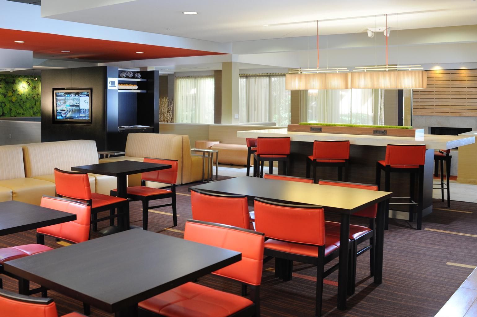 aNe Insurance Texas Avenue Suite A, Bridge City, TX