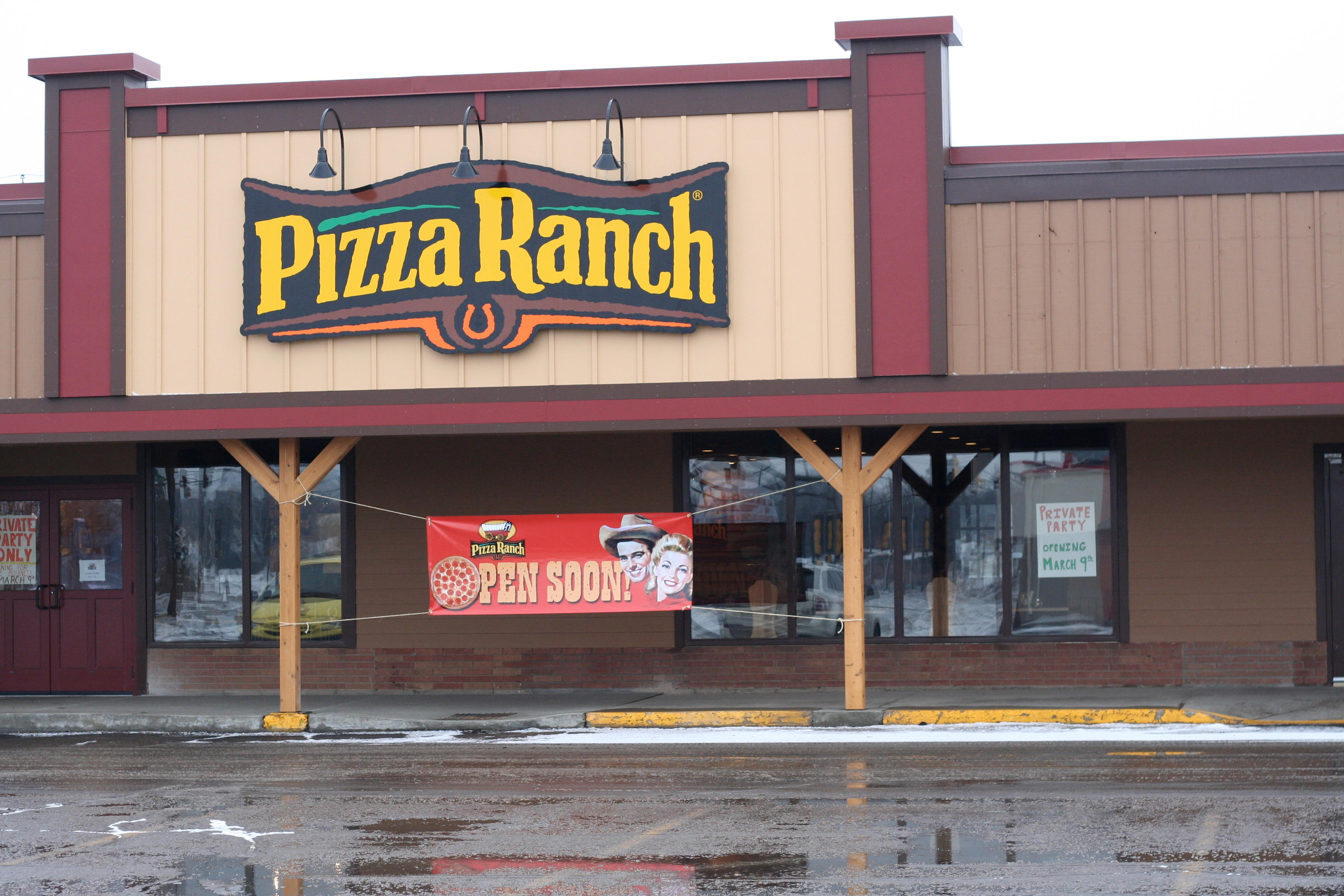 country kitchen hibbing mn pizza ranch in hibbing mn whitepages 6067