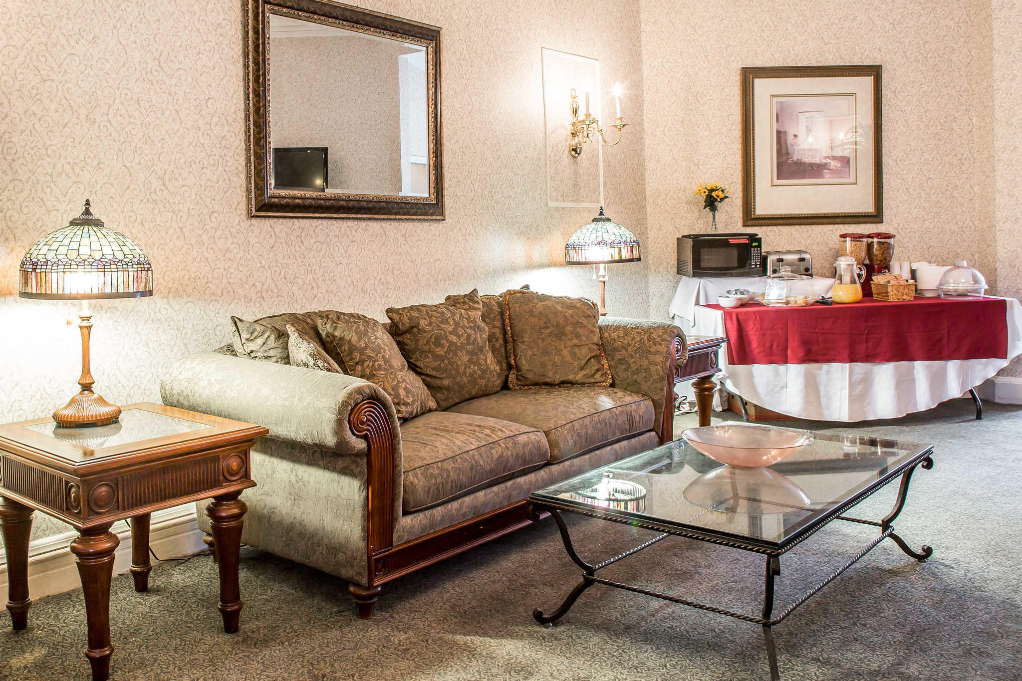 The Carriage House Inn An Ascend Hotel Collection Member