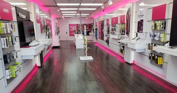 Interior photo of T-Mobile Store at Jericho Tnpk & Calvert Ave 2, Commack, NY