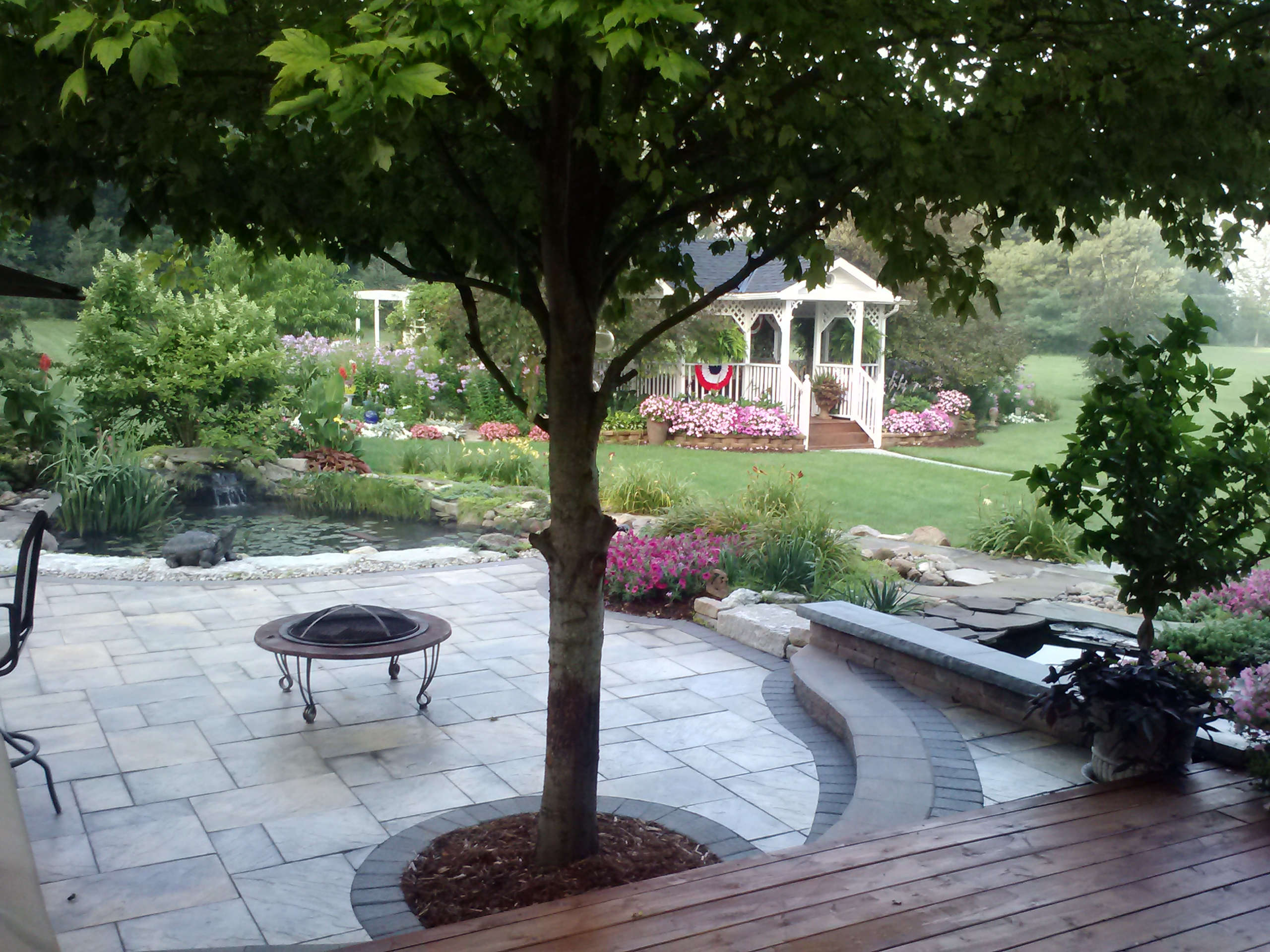 Landscape design solutions plain city ohio oh for Local landscape designers