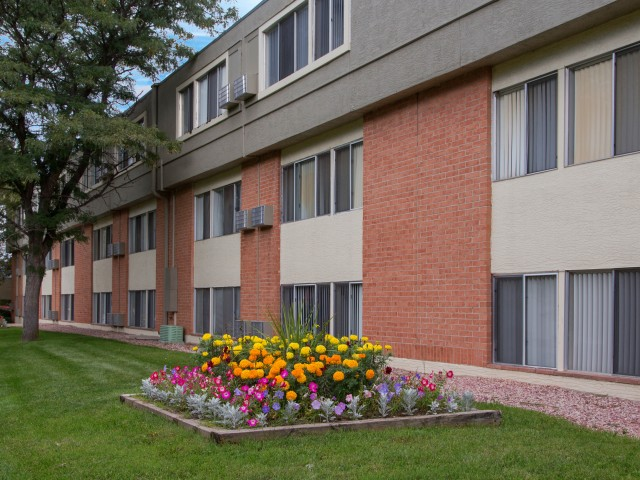 Tanglewood Apartments Colorado Springs