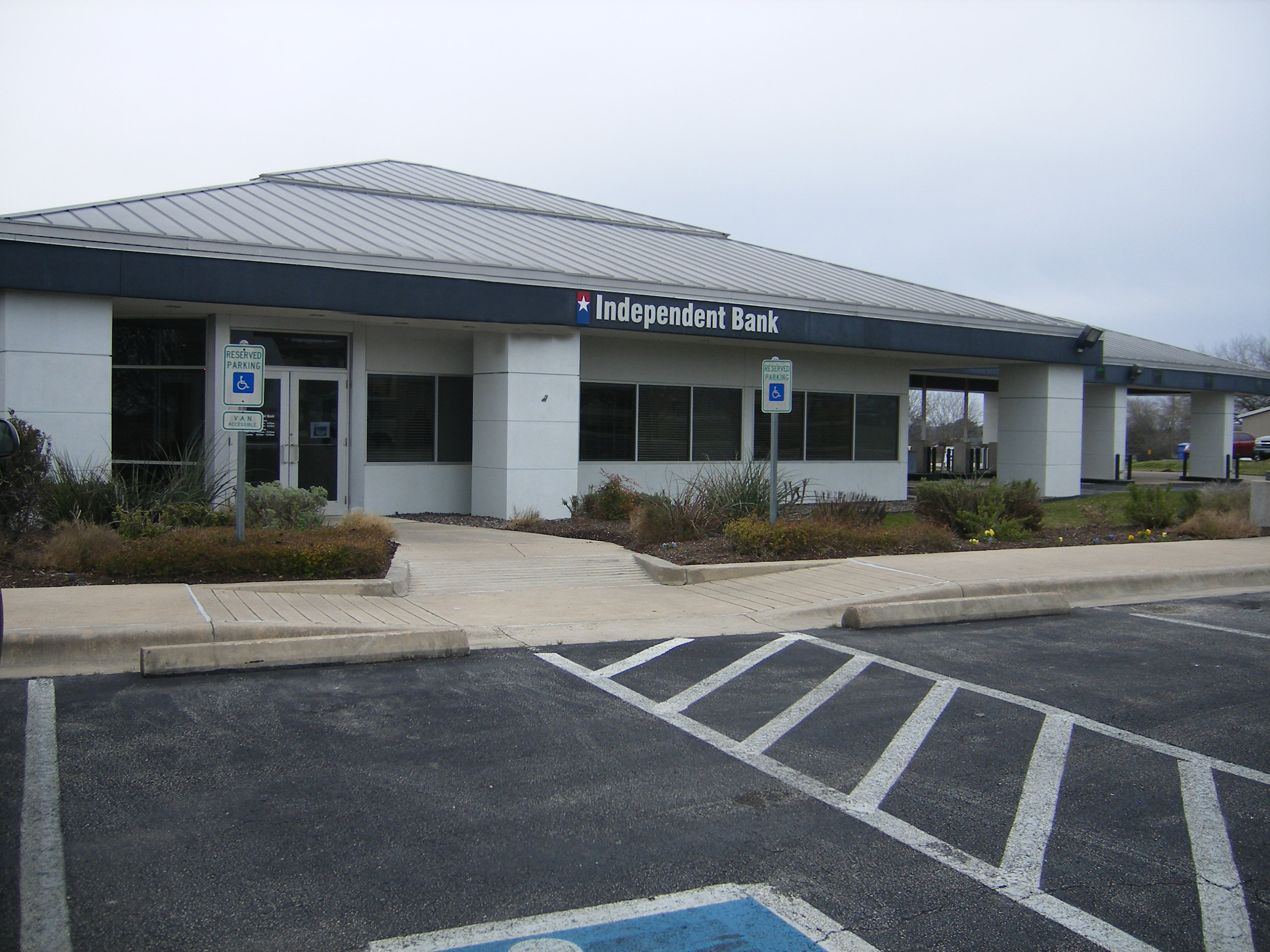 Independent Bank Is Now Independent Financial, Manor Texas