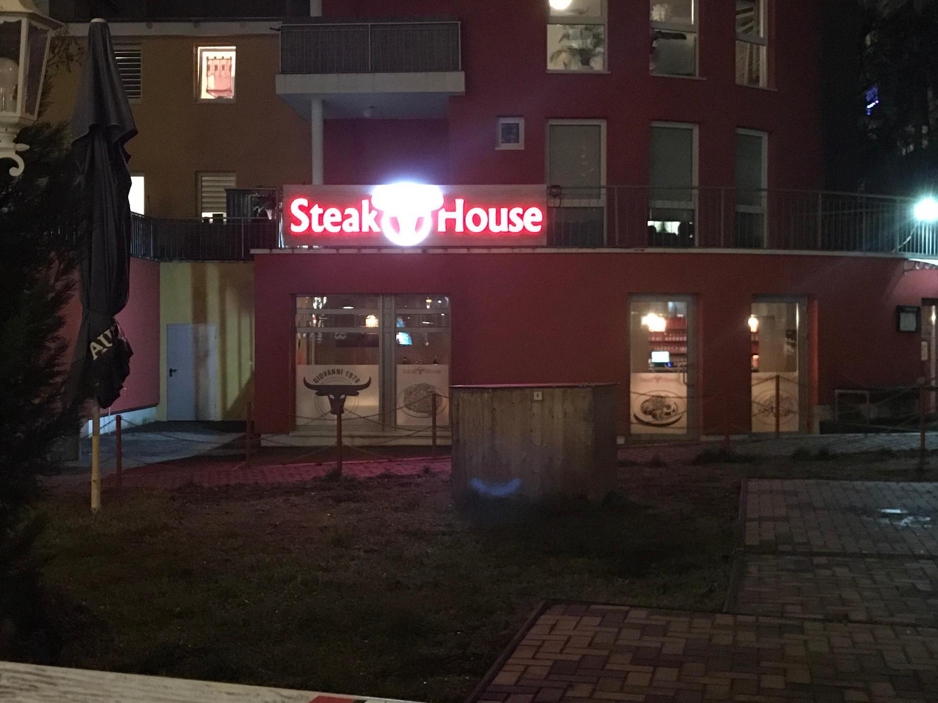 Kundenbild klein 6 Steak House Giovanni 1978 GmbH - Abhol- und Lieferservice von 11-20 Uhr