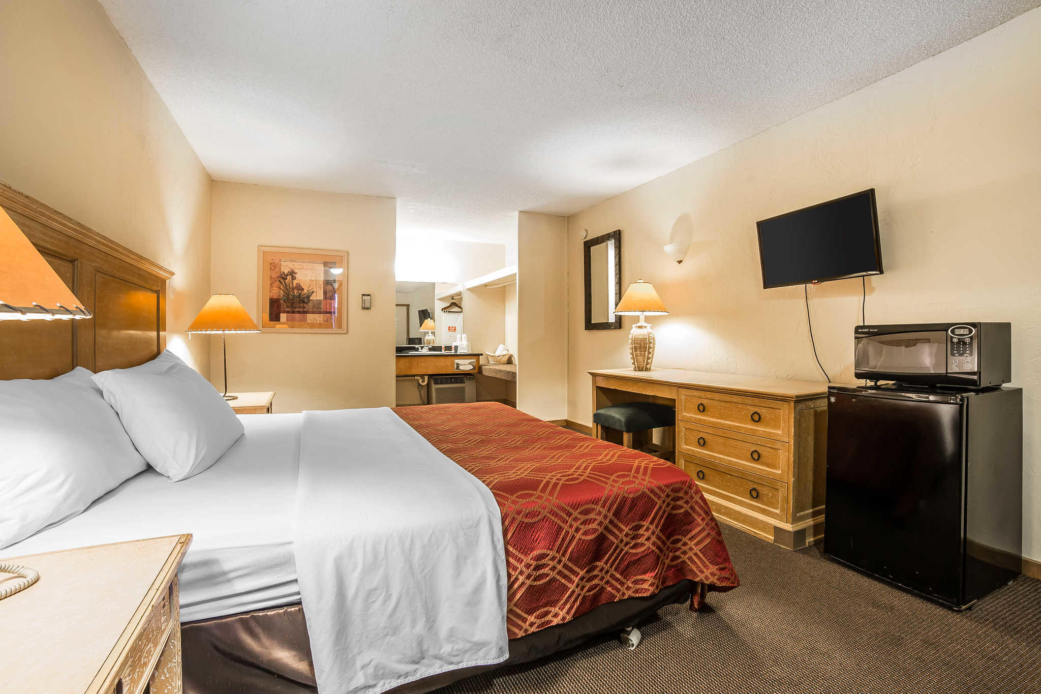 Econo Lodge Inn Amp Suites Coupons Kalispell Mt Near Me