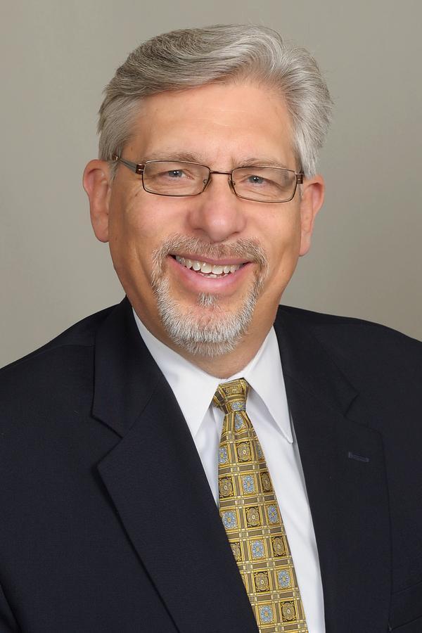Edward Jones - Financial Advisor: Brad Lemmon