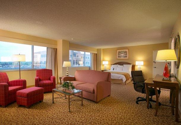 Hotels Near Greene Street Club Greensboro Nc