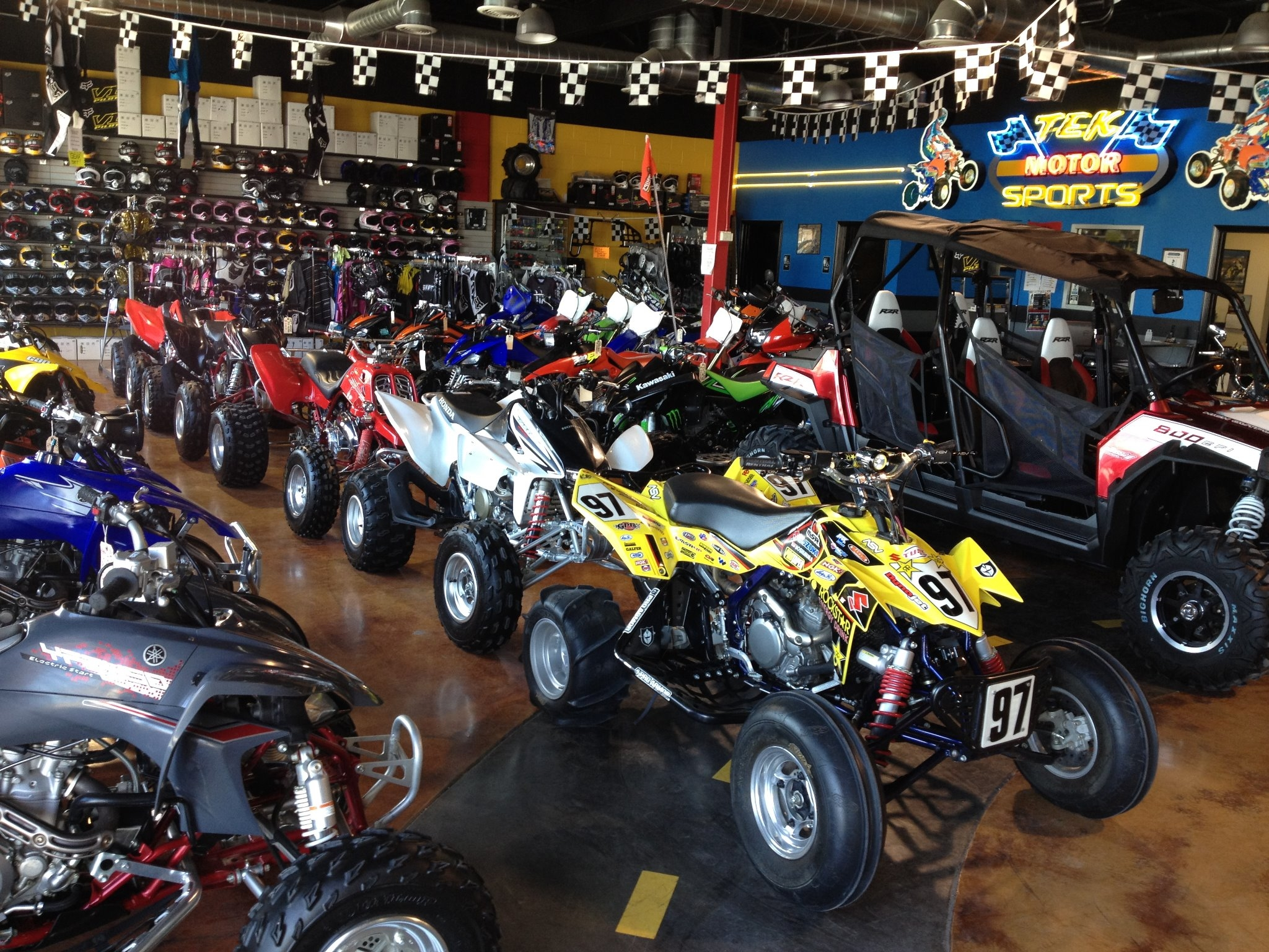 Tek motor sports inc en el paso tx negocios for Texas department of motor vehicles el paso tx