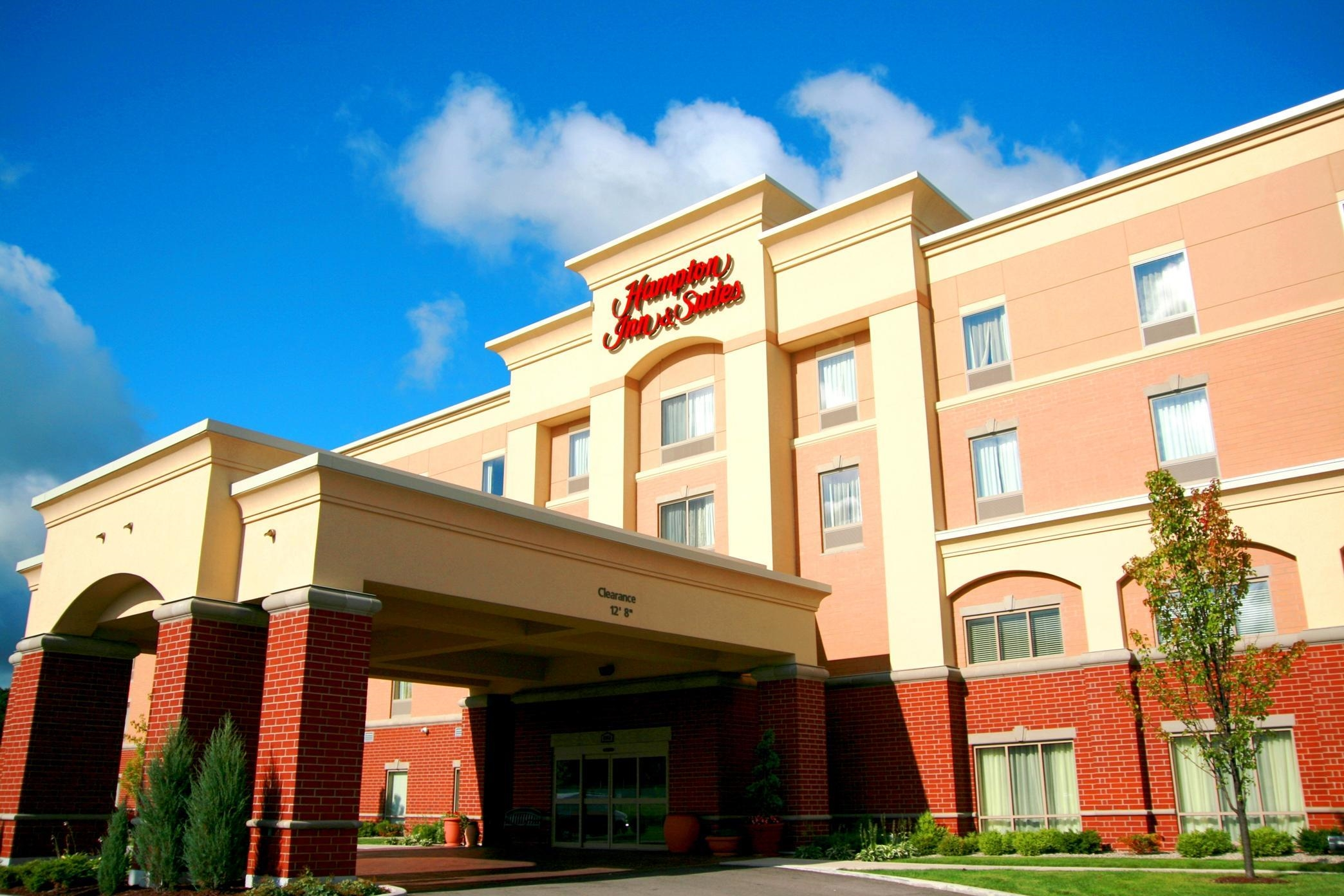 Hotels Near Flint Mi
