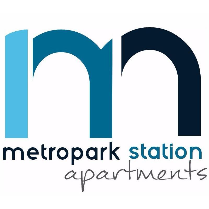 Apartments Near Metropark Station