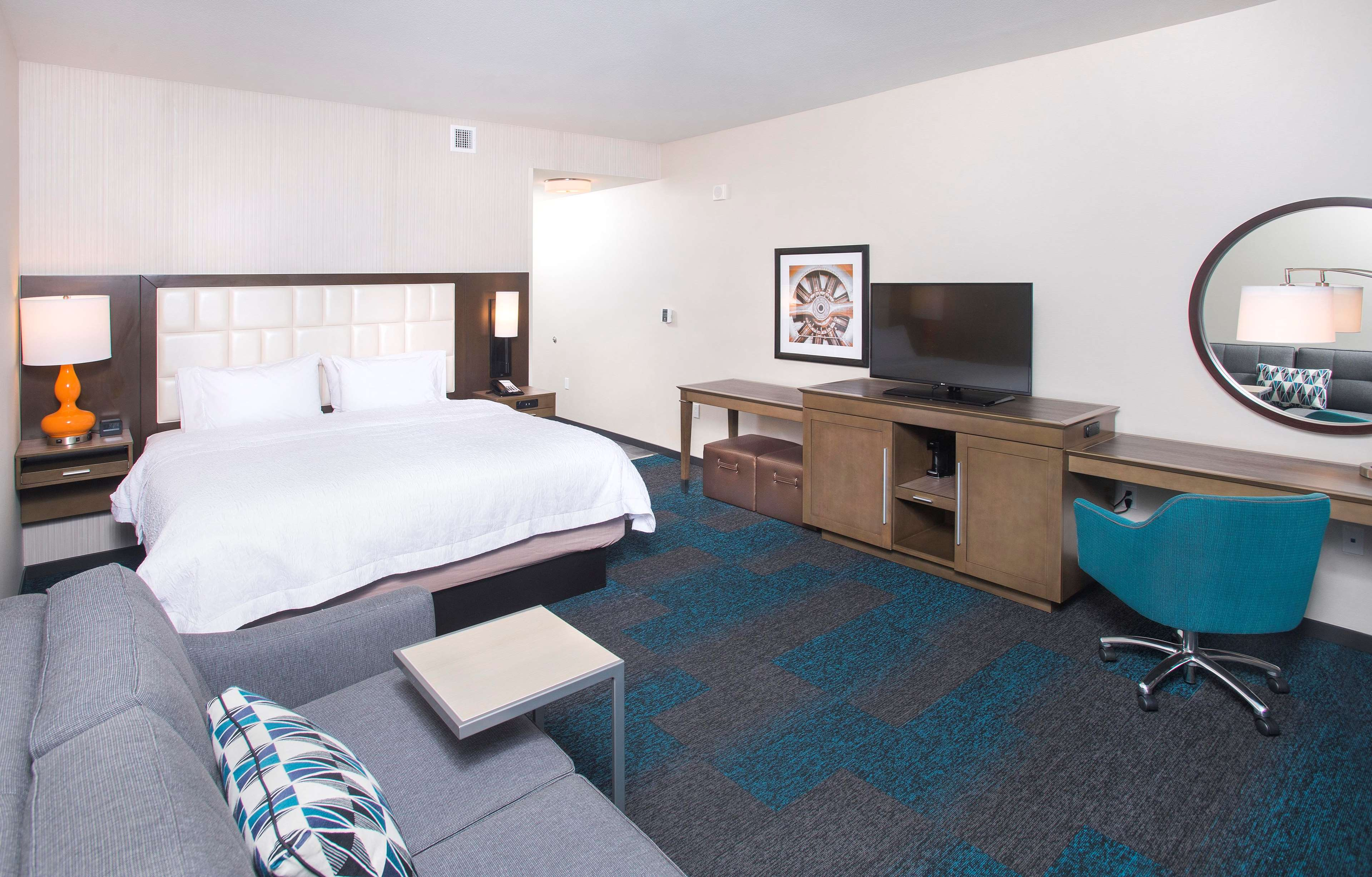 Hotels Near Lax With Free Shuttle And Breakfast