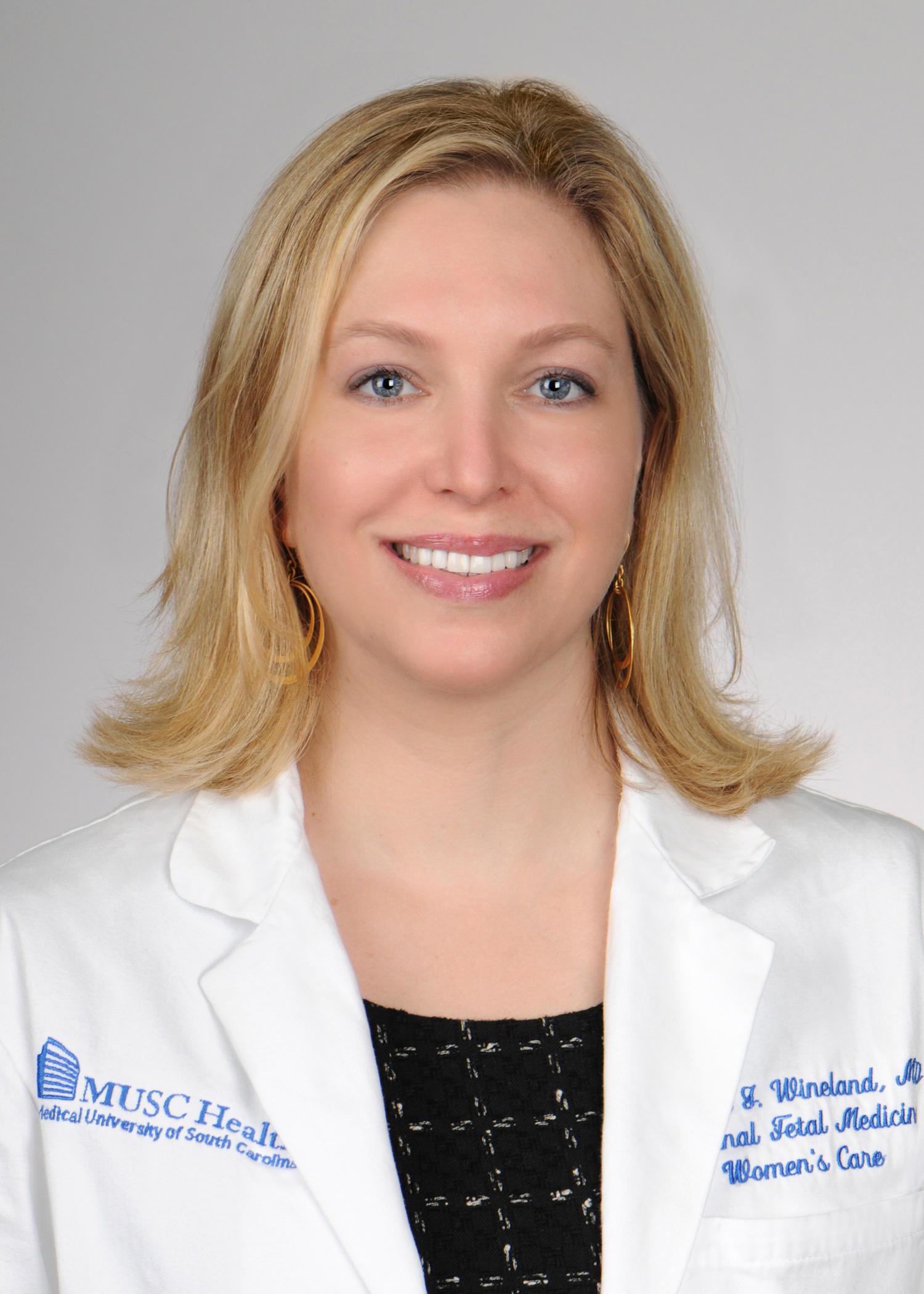 Rebecca J Wineland MD