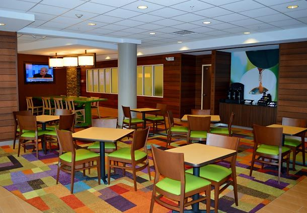 Fairfield Inn & Suites by Marriott Quantico Stafford image 2