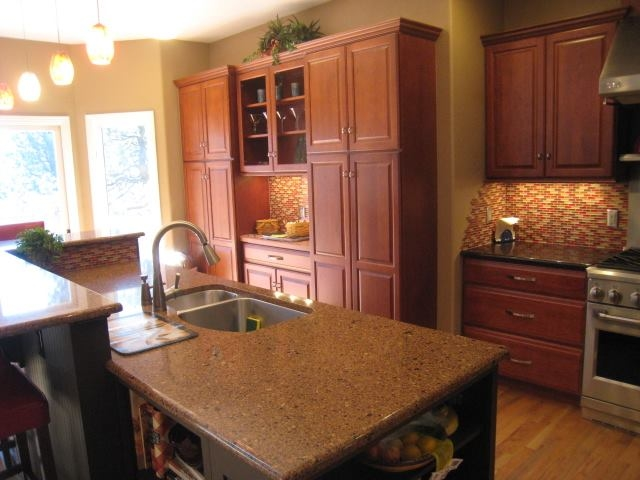 Builders unlimited llc reviews rachael edwards for Builders unlimited