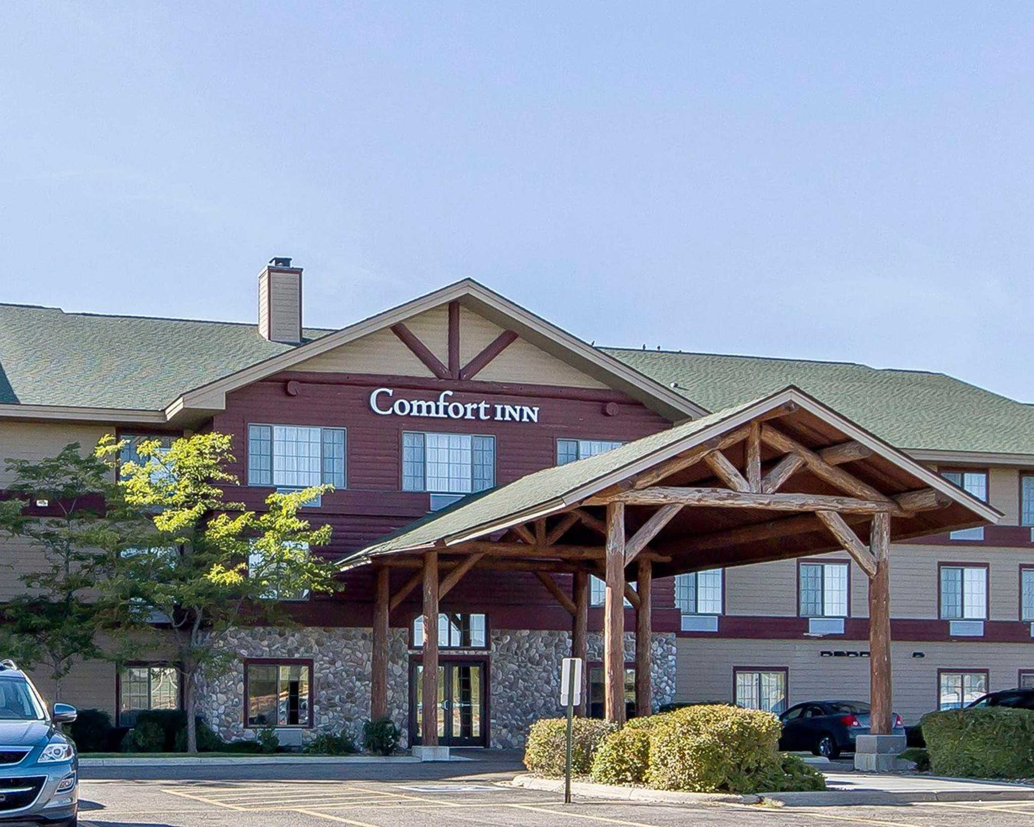 Comfort Inn Medical Center Coupons Near Me In Owatonna Mn