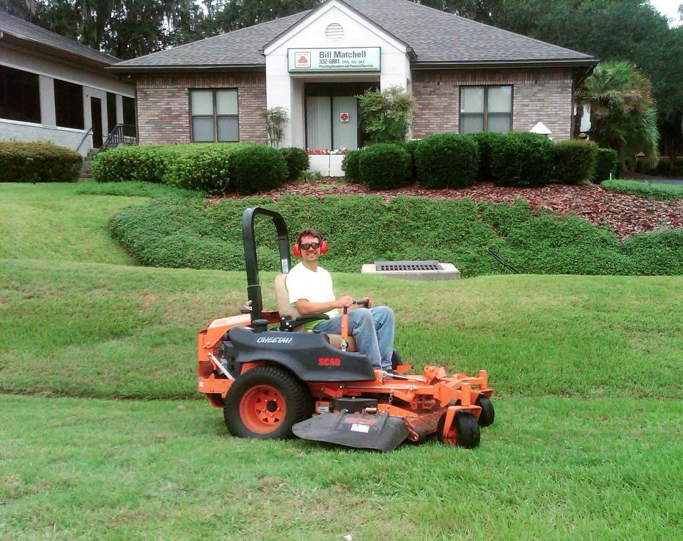 Mr tree and lawn service gainesville florida fl for Local lawn care services