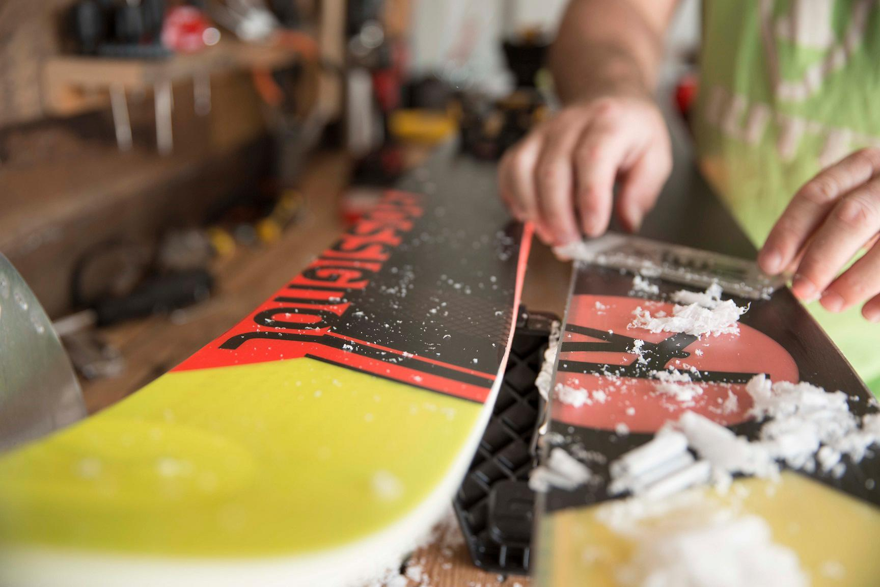 Ski and Snowboard Waxing Workshop