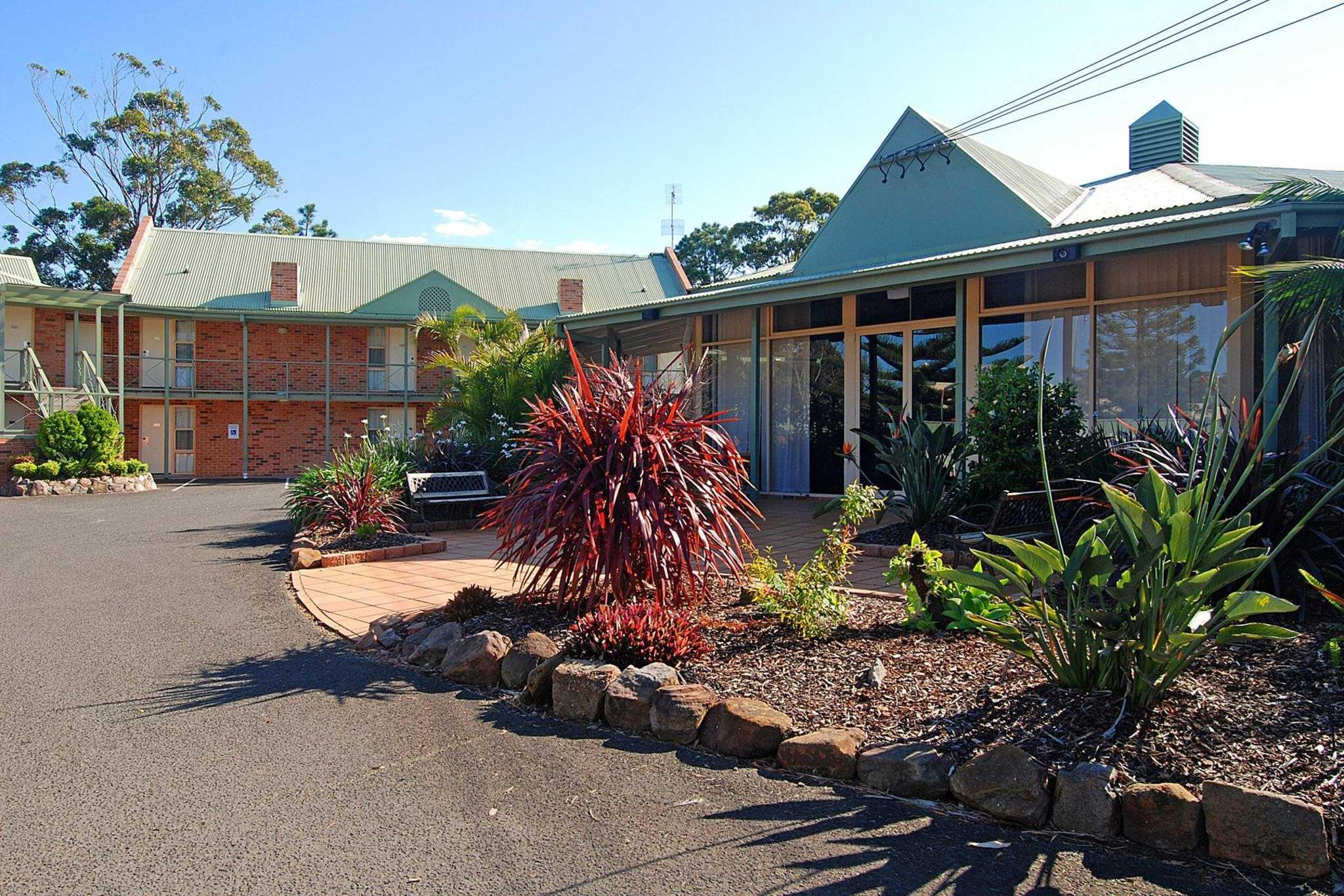 Comfort Inn Fairways - Primbee, NSW 2502 - (02) 4274 7274   ShowMeLocal.com