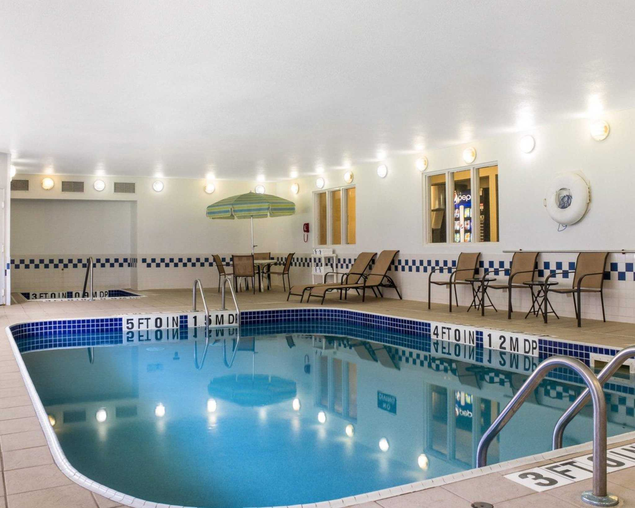 Hotels near NAS Patuxent River - See Military Discounts