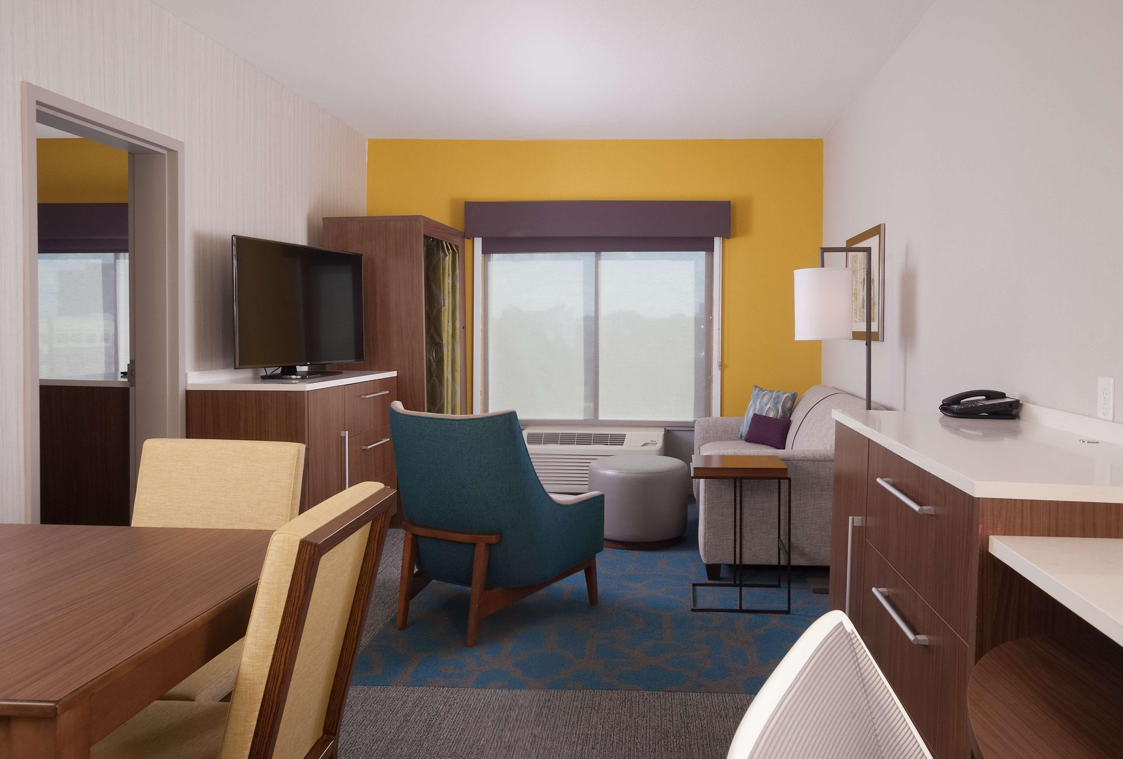 Extended Stay Hotel in GA Atlanta 30328 Home2 Suites by Hilton Atlanta Perimeter Center 6110 Peachtree Dunwoody Road  (770)828-0330