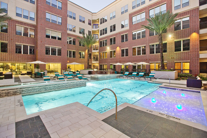 Midtown Houston By Windsor Apartments