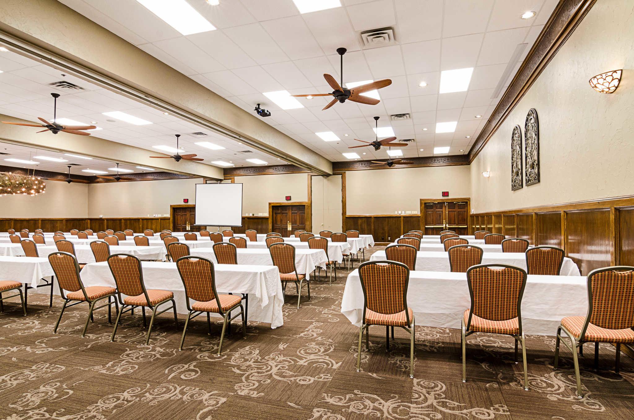 Clarion Inn Garden City Kansas Ks Localdatabase Com