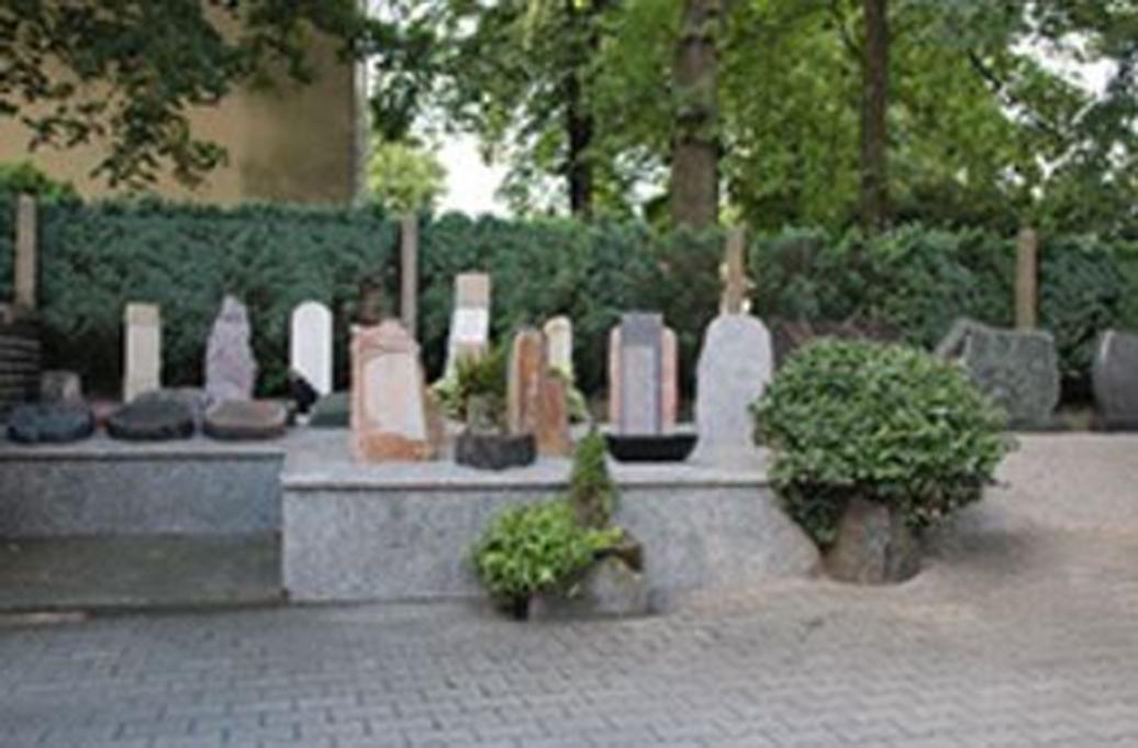 Grabmale-Naturstein Willi Bärtel In