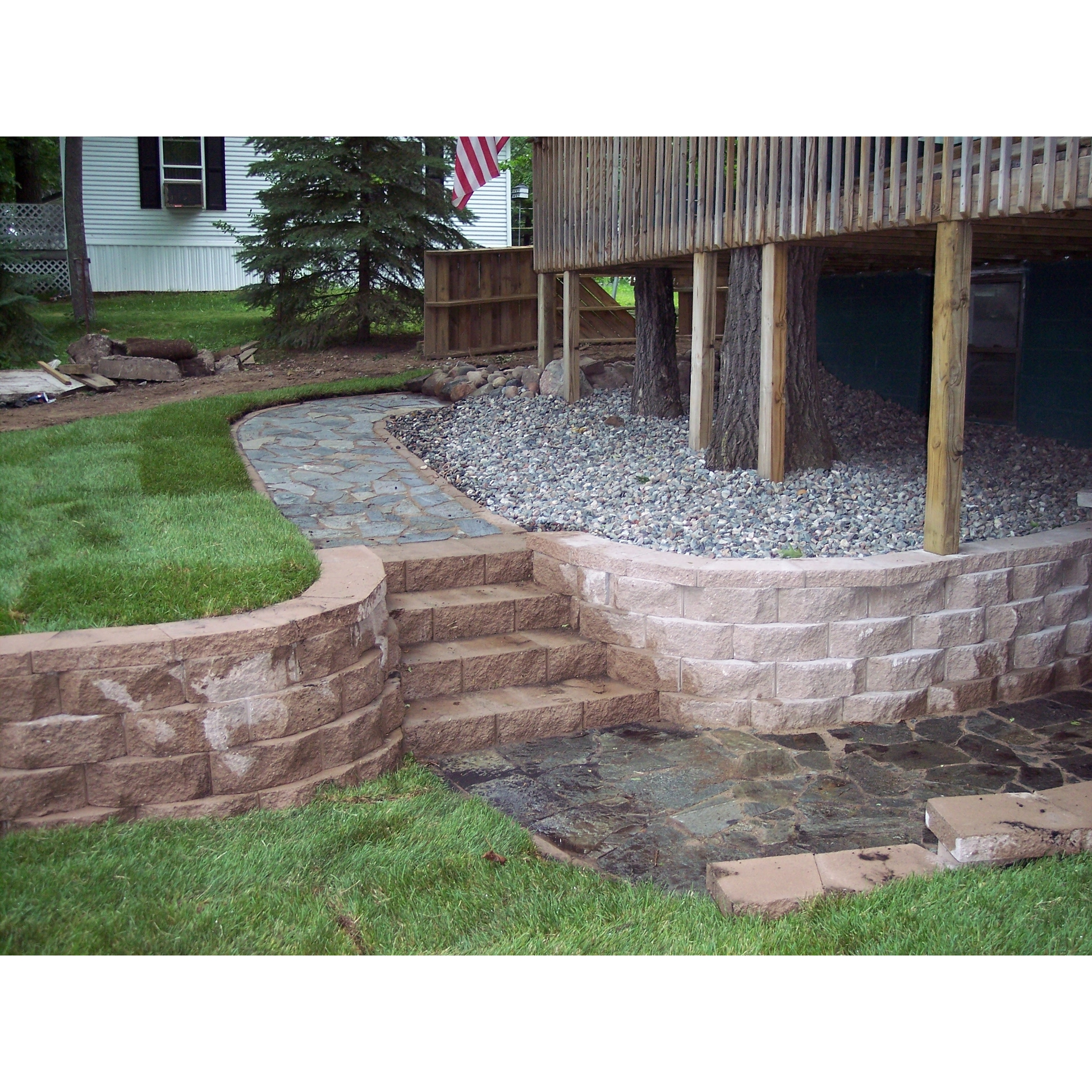 Nelson 39 s lawn and landscaping in aitkin mn landscape for Landscaping rocks nelson