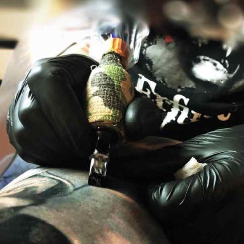 Bloodline Tattoo-Bar