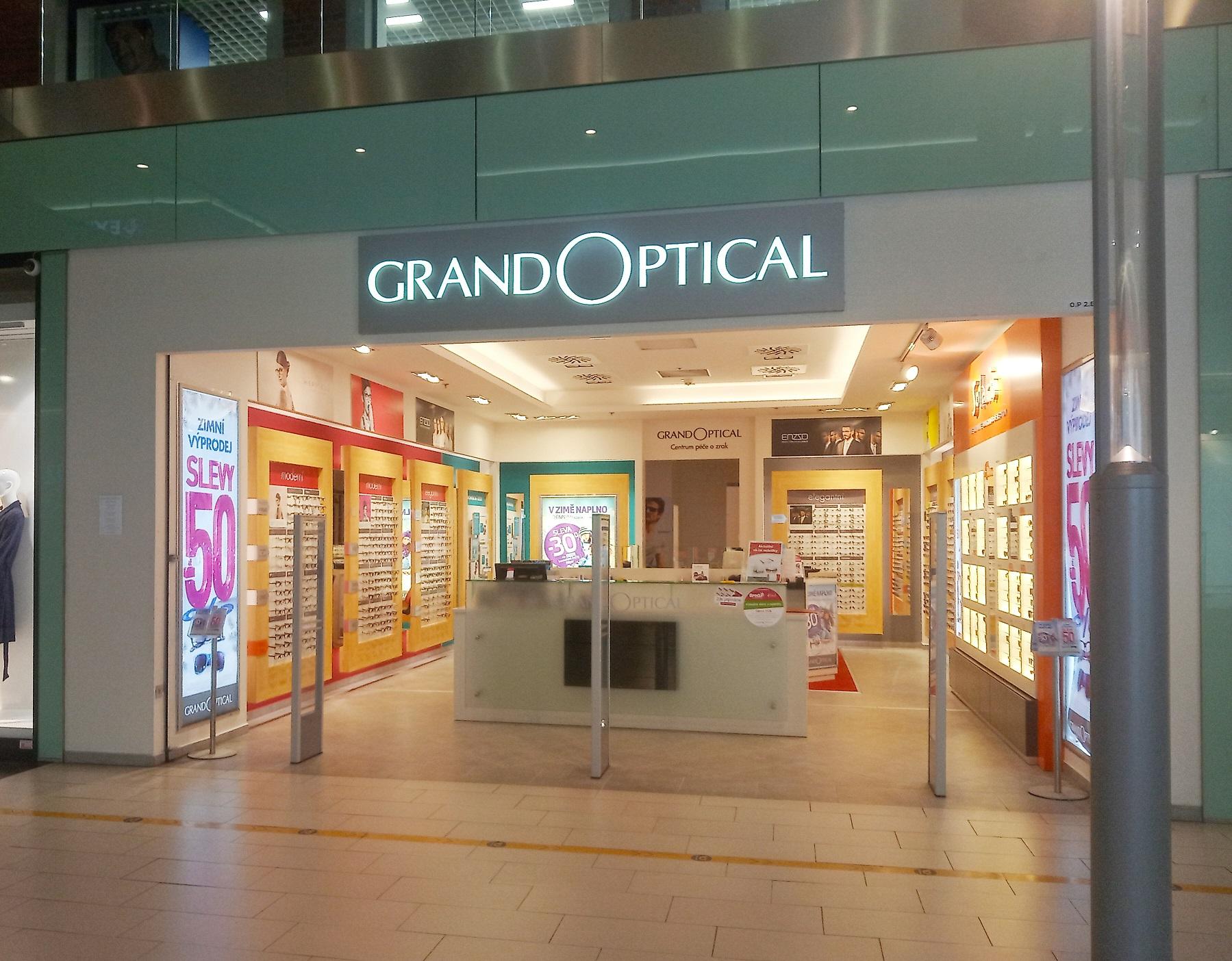 GrandOptical - oční optika Breda & Weinstein Opava