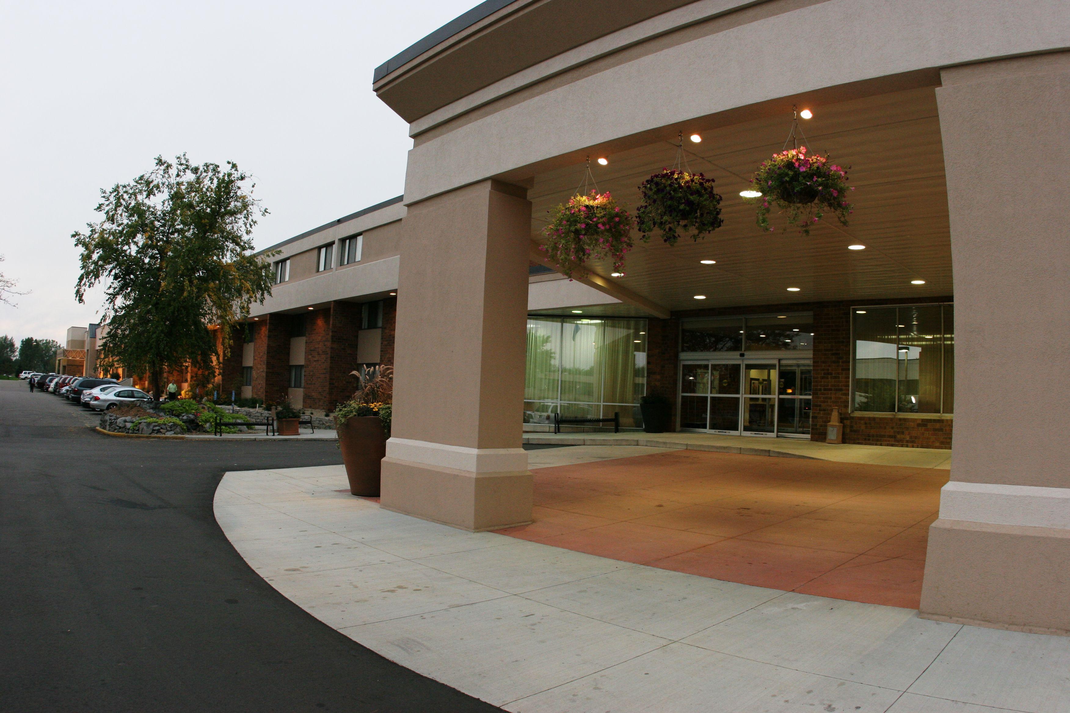 St Cloud Mn Hotel Suites