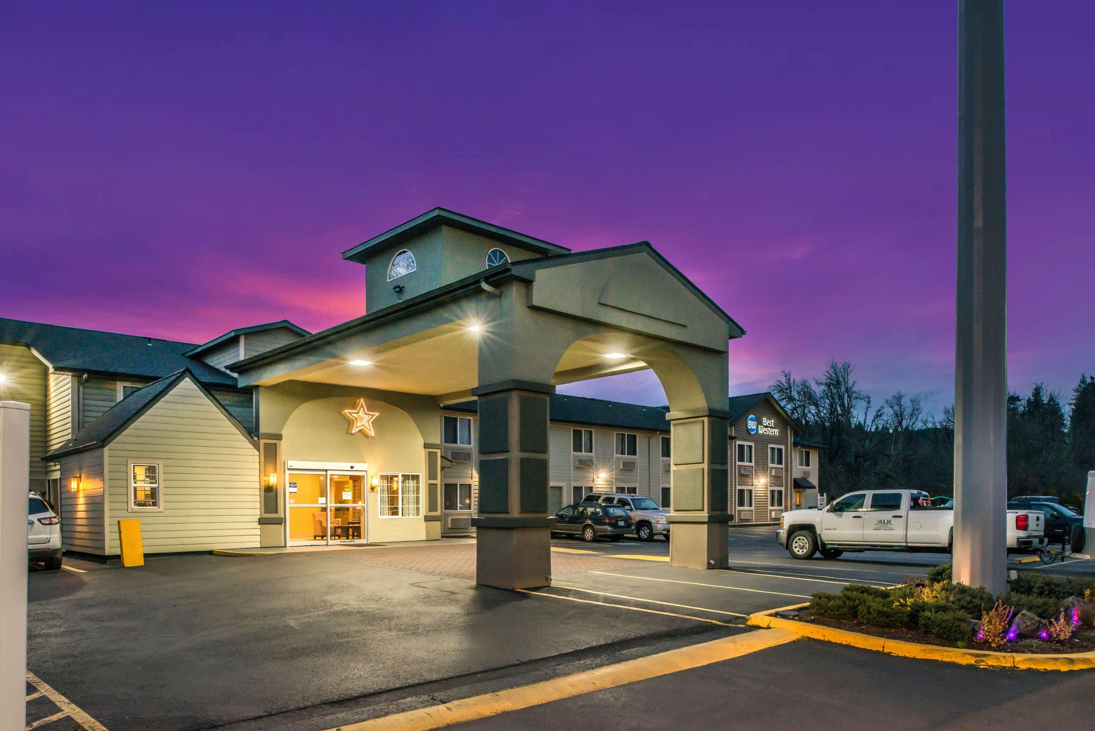 Best Western Cottage Grove Inn Cottage Grove Oregon Or Localdatabase Com