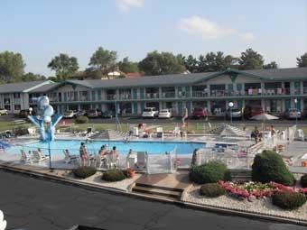 Monaco Motel Resort & Suites - Wisconsin Dells, WI
