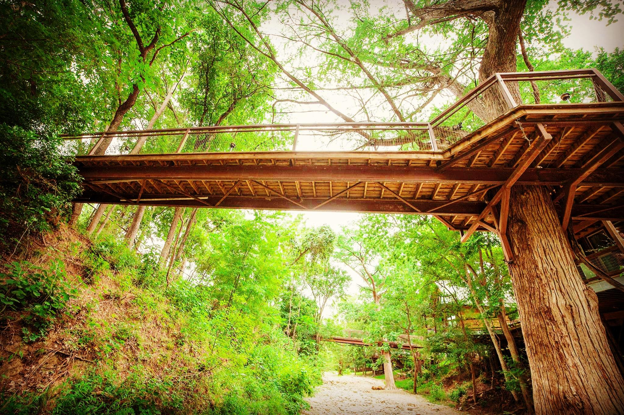 River Road Treehouses Coupons Near Me In New Braunfels