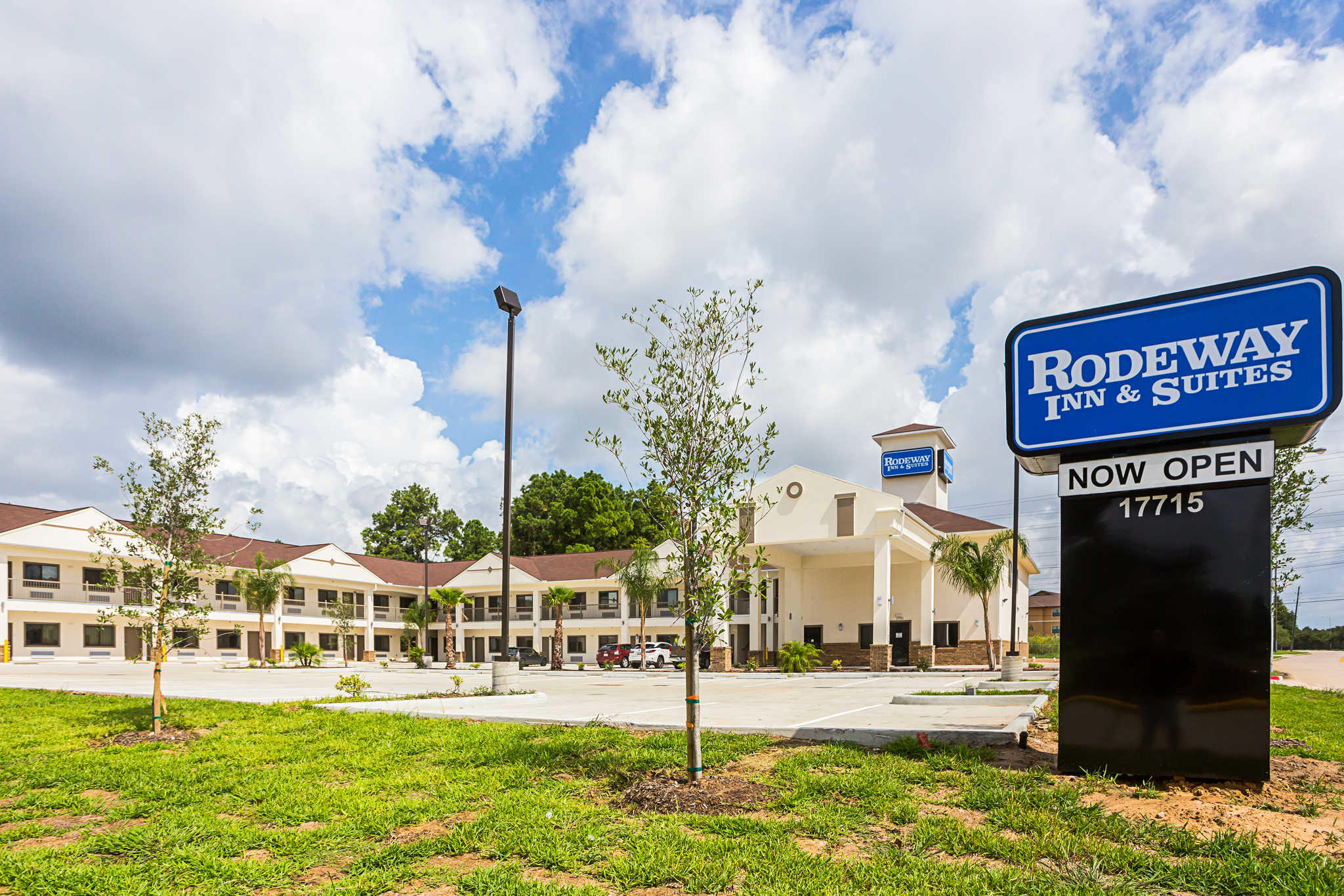 Rodeway Inn Amp Suites Houston I 45 North Near Spring